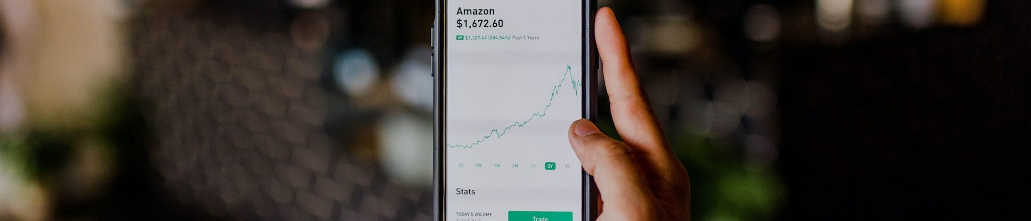 Looking at amazon stock on best investment apps